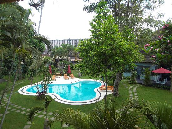 Bali Hotel Pearl : le jardin