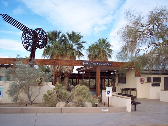 Twentynine Palms, CA: Oasis Visitor Center