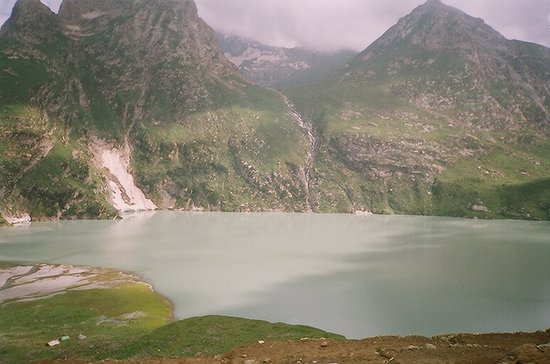 Kashmir, India: Sheshnaag Jheel in all its splendour and beauty