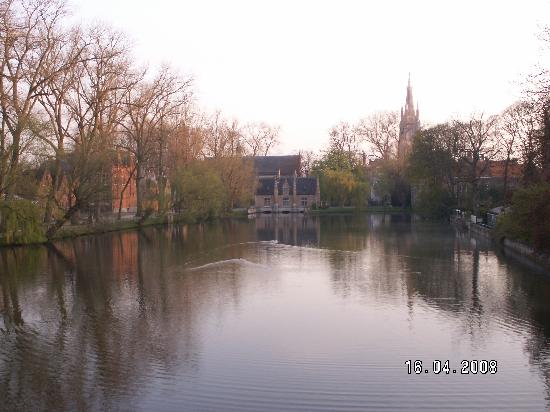Minnewater Lake: Minnewater in early morning
