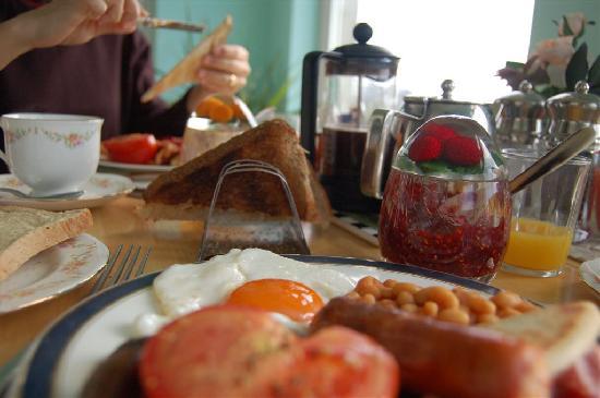Dalantober: yummy breakfast :D