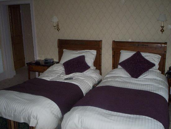 Lynnfield Hotel : Twin bedroom