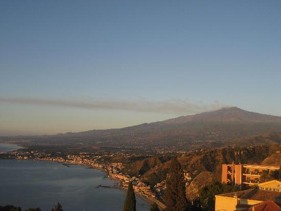 Camere Il Leone: Vue sur l'Etna