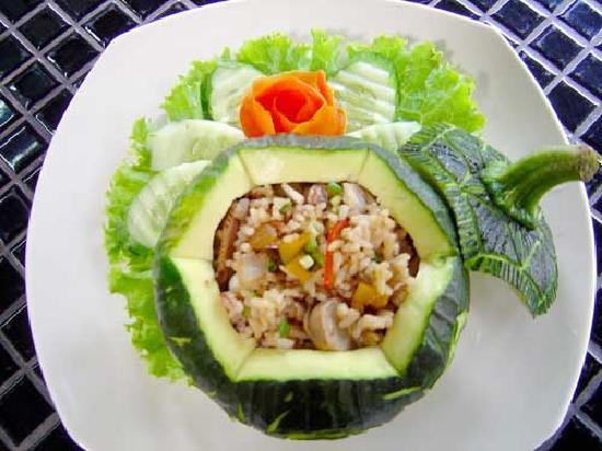 Ruen Pruksa 2 Parichart Boutique Resort: Second example of exquisite food