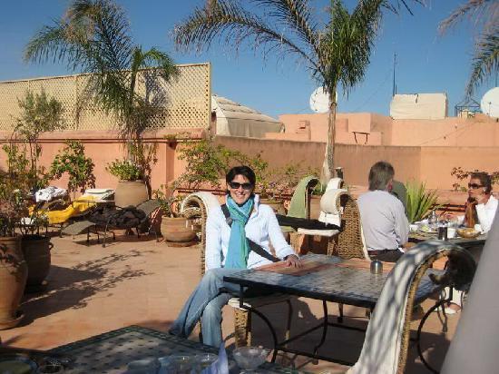 Riad Dar Anika: Having breakfast at the Riad