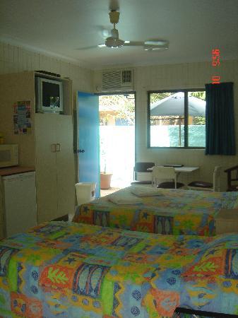Tropical Palms Inn: Studio room