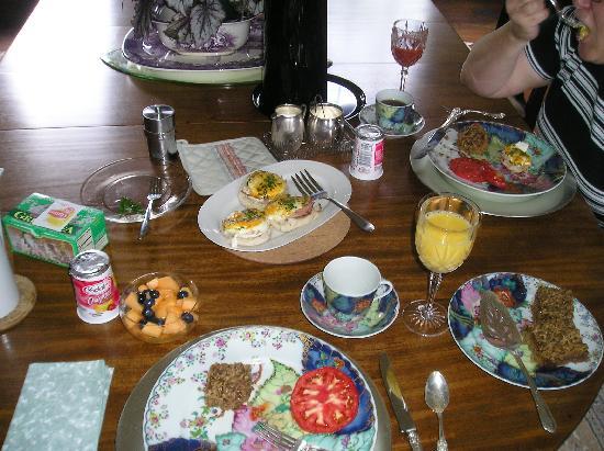 Cartersville, VA: breakfast