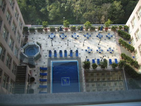JW Marriott Hotel Mexico City: JW Marriott Mexico City pool