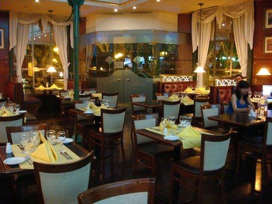 Villa Mercedes, Argentina: Restaurante principal donde tambien se desayuna