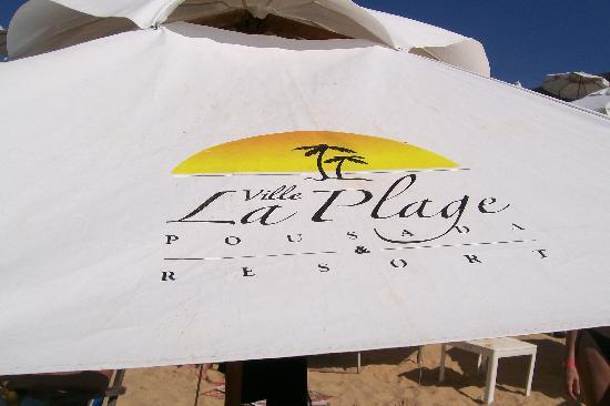 Hotel Ville La Plage: Sombrilla