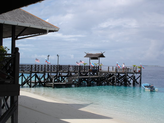 The Reef Dive Resort: main jetty