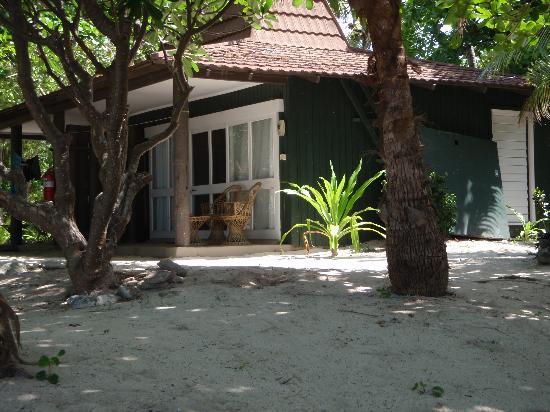 Treasure Island Resort: Our bure