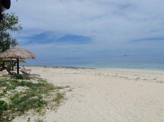 Treasure Island Resort: The beach right outside our bure