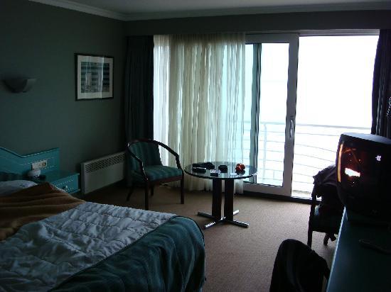 Beach Palace Hotel : chambre