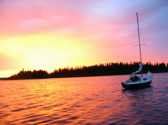 Sailing in Skellefteå, midnight sun