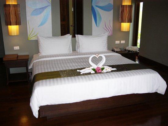 Chongfah Beach Resort: Standartzimmer