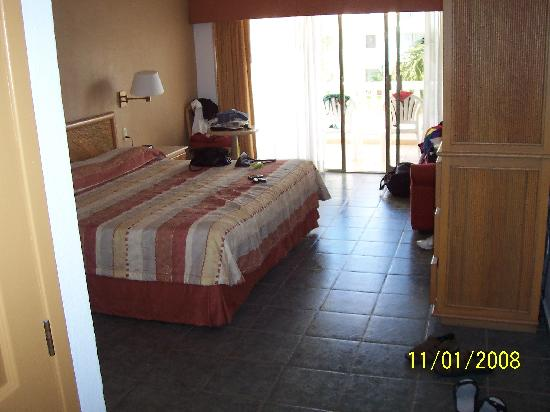Marival Resort & Suites: Resort Room