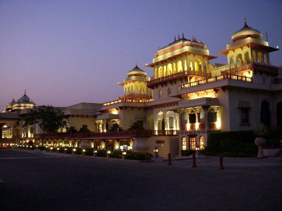 Rambagh Palace: Evening view