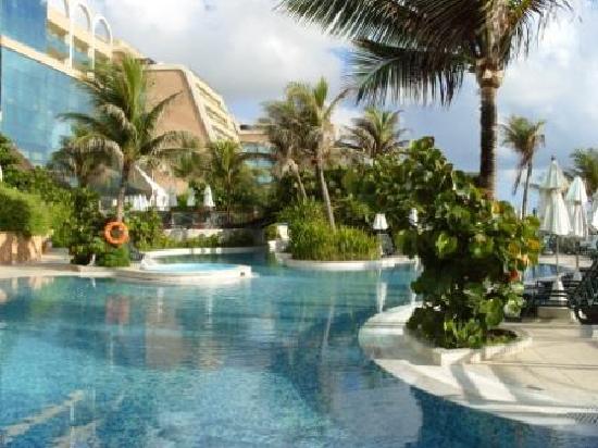 SERHS Natal Grand Hotel: Pools