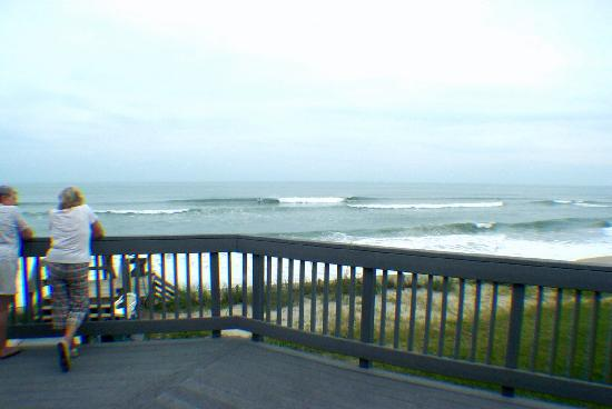 Melbourne Beach, FL: Surf View from Uppper Deck