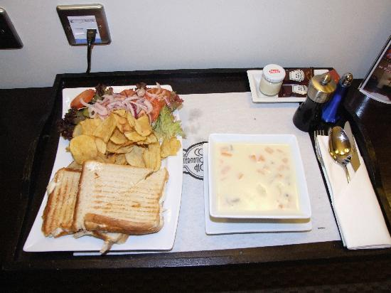 Cork International Hotel: Room Service