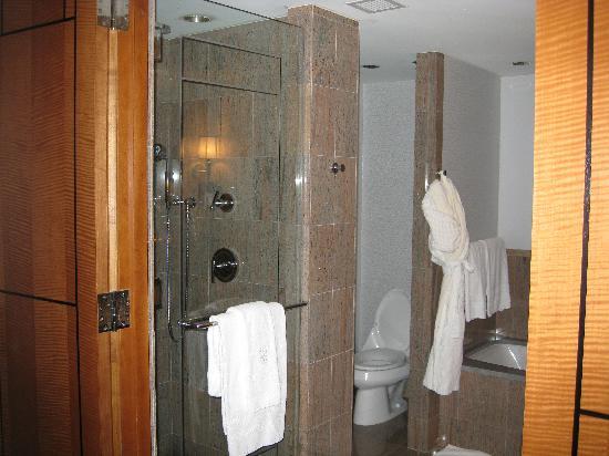 هوتل ريتز كارلتون وستشستر: Executive Suite - Bathroom