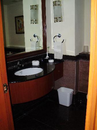 โฮเต็ล พาร์ค ไพรม์: salle de bain
