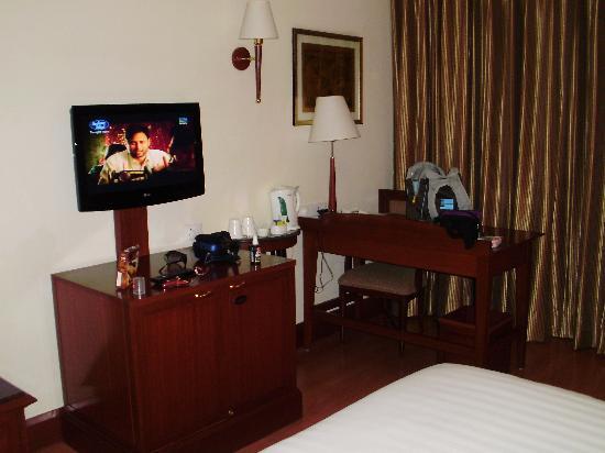 Park Prime Hotel Jaipur: coin tv