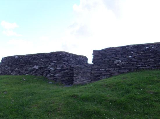 Leacanabuaile Fort