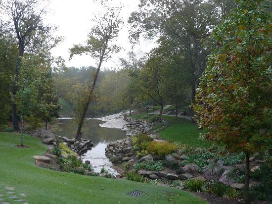 ฟอลส์ปาร์คออนเดอะรีดดี: Reedy Falls