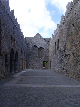 ‪Ardfert Cathedral‬
