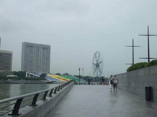 Merlion Park: Longest Fairy in the world, 2hrs for a single round, little part of Malaysia is also visible 4m