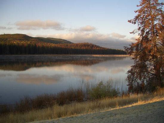 Lac le Jeune : Sunset mist