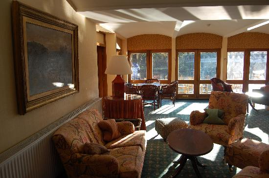 The Swan at Streatley: The lounge area