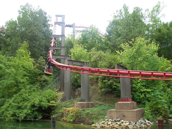 Williamsburg, VA: Big Bad Wolf- another coaster at Busch Gardens