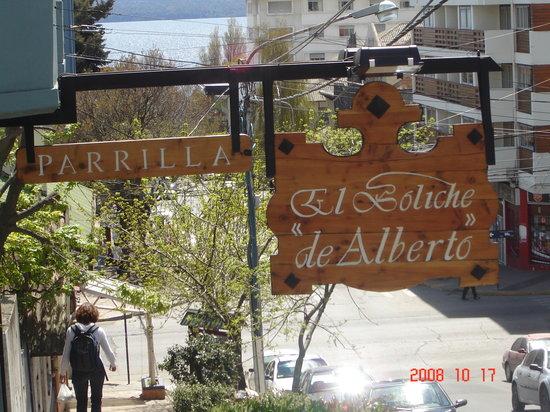 El Boliche de Alberto : The sign in front of the location in town