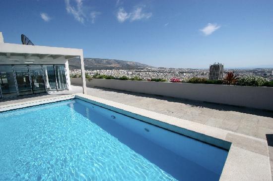 President Hotel: Vue piscine