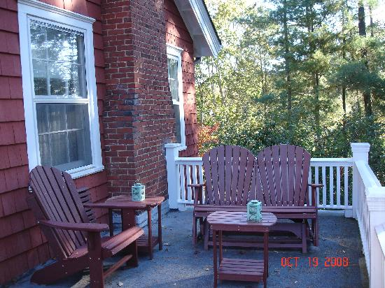 Applewood Manor Inn Bed & Breakfast : The York Imperial's private balcony