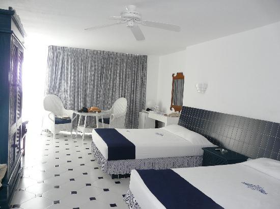 Elcano Hotel: Habitacion