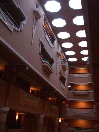 Imperial Borj Hotel: hall