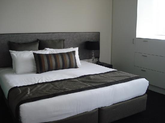 Mullaloo Beach Hotel - Perth - room
