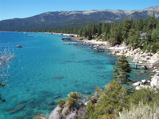 Lake Tahoe, NV: Un'immagine del lago dal suo lato nord-est