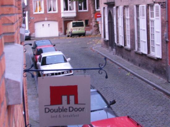 Double Door B&B: la tranquilla via Waalsestraat