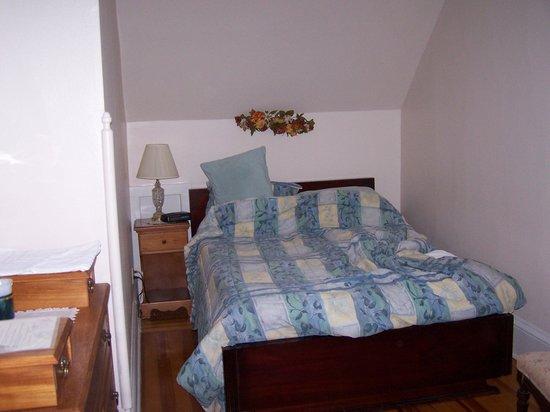 Idlwilde Inn: room 3