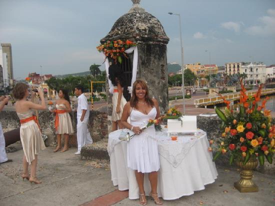 Matrimonio Simbolico En Cartagena : Matrimonio echoien la ciudad amurallada picture of san