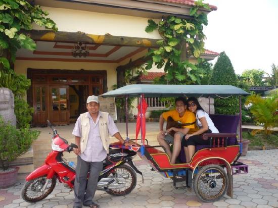 Lotus Lodge: Mr. Sophea our tuk-tuk driver