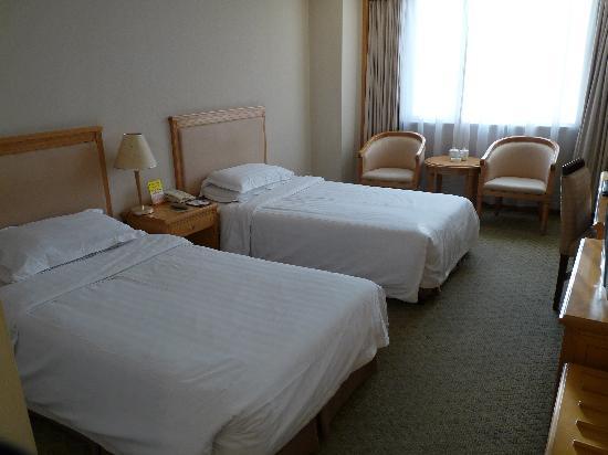 Dongjiao Minxiang Hotel: the room