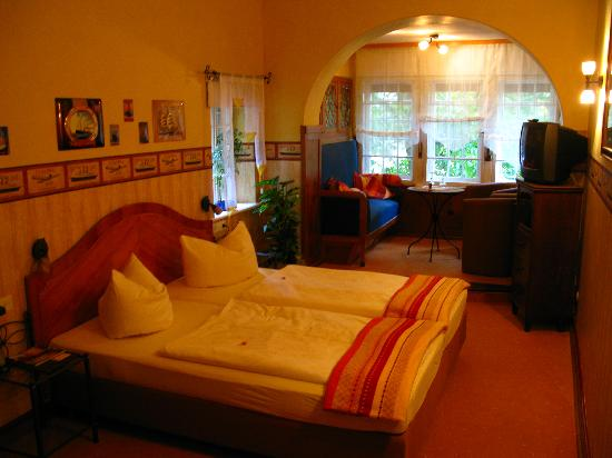 Hotel-Garni Hornburg: Our Room - very clean!