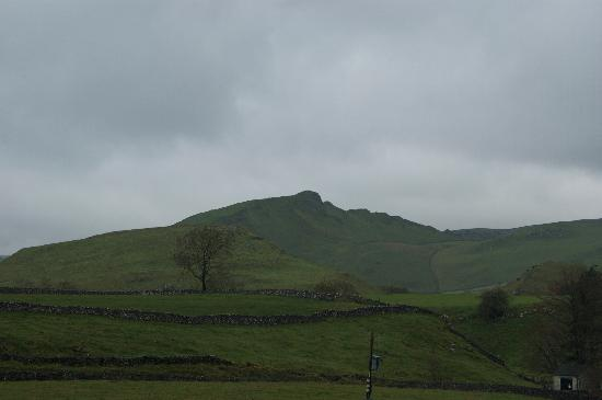 Fernydale Farm: View from Fernydale (Chrome Hill)