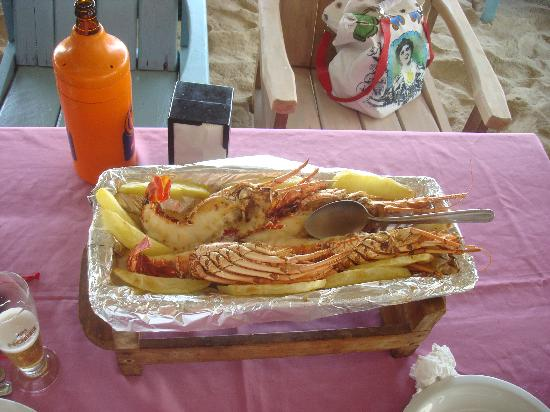 Etnia Pousada & Boutique: Beach food on Tracoso beach